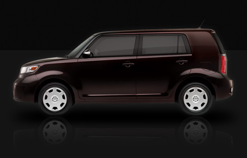Scion xB in Blackberry Crush